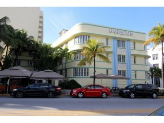 Gorgeous condo right on Ocean Drive