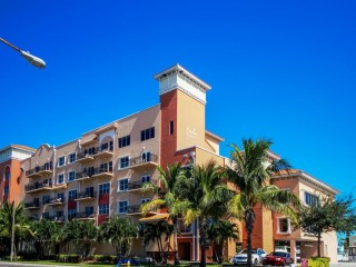 Two Bedroom Condo on the Gulf