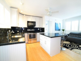 Modern Apartment 300 Feet Hollywood Beach