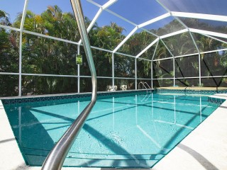 Close Beach Access Pool Home