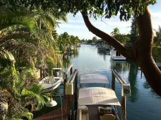 Waterfront! Newly Renovated! Dock Access