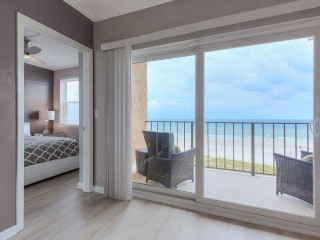 High End Newly Remodeled Direct Oceanfront