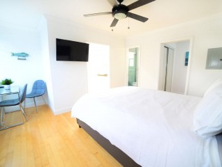 Modern Apartment Close to Hollywood Beach