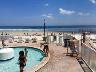 Oceanfront Suite for 4 on No Drive Beach