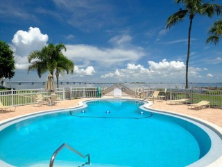 Mariner's Pointe 2 Bedroom Condo Sanibel
