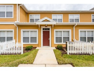 NEW Afforable Townhome 5 Miles from Disney