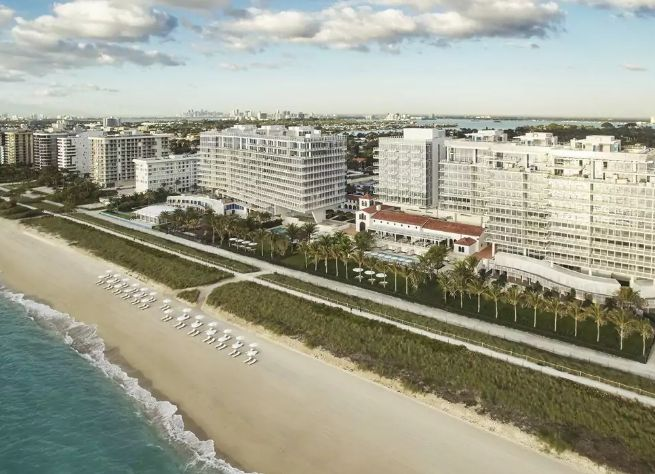 Four Seasons Hotel at The Surf Club Surfside Miami